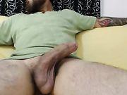 Una bionda fa sesso orale e sesso con un cazzo enorme